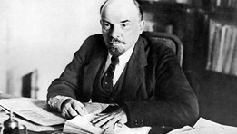 V.I.Lenin: Lãnh tụ vĩ đại của cách mạng vô sản thế giới