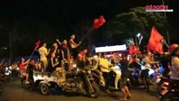 TP. Hồ Chí Minh không ngủ mừng Việt Nam vô địch SEA games sau 60 năm