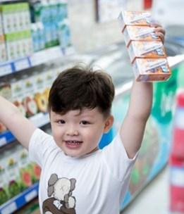 Vinamilk gia tăng trải nghiệm mua sắm cho người tiêu dùng với 500 cửa hàng Giấc Mơ Sữa Việt