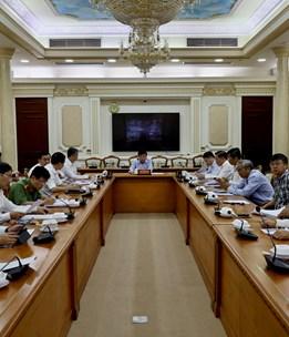 Hình ảnh cuộc họp Thường trực Ban Chỉ đạo Thành phố về phòng, chống COVID-19
