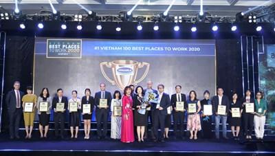 Vinamilk lần thứ 5 liên tiếp lọt Top 100 Doanh nghiệp bền vững tại Việt Nam