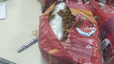 TPHCM: Thu giữ hơn 20kg ma túy trong các lô hàng quà biếu