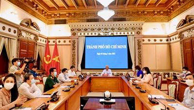 Cập nhật hình ảnh Họp Chính phủ thường kì tháng 2/2021 tại điểm cầu TPHCM
