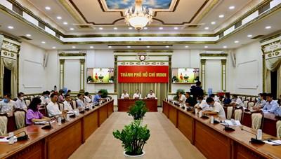 Hình ảnh Cuộc họp trực tuyến Thường trực Chính phủ về phòng, chống dịch Covid-19 ngày 17/3/2021