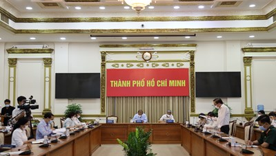 Hình ảnh cuộc họp Ban Chỉ đạo Thành phố về phòng chống dịch COVID-19 ngày 25/6/2021