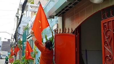 TPHCM hướng dẫn thực hiện treo cờ Tổ quốc và nghỉ lễ Quốc khánh 2/9