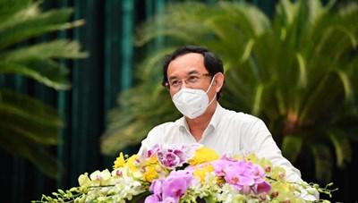 Bí thư Thành ủy Nguyễn Văn Nên: Cần tạo cơ chế để người dân có thể tiếp cận hệ thống y tế thuận tiện