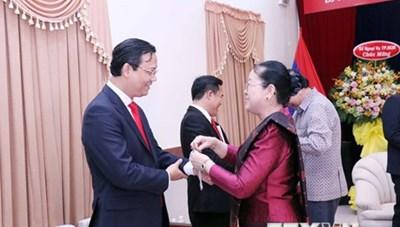 Lãnh đạo TP. Hồ Chí Minh chúc mừng Tết cổ truyền Bunpimay của Lào
