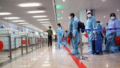 Tạm dừng nhập cảnh hành khách tại sân bay Nội Bài, Tân Sơn Nhất