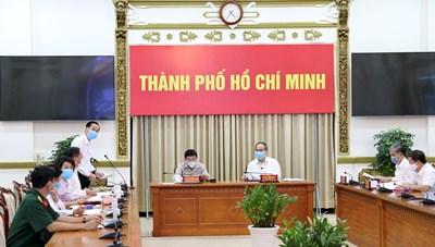 Cập nhật hình ảnh Giao ban trực tuyến về tình hình dịch bệnh tại TP. Hồ Chí Minh