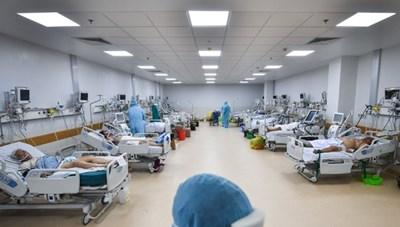 Sớm đưa các trung tâm hồi sức tích cực Covid-19 vào hoạt động