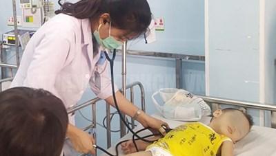 TPHCM: Các ca bệnh tay chân miệng biến chứng nặng có xu hướng gia tăng