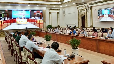 Hình ảnh Cuộc họp trực tuyến Thường trực Chính phủ về phòng, chống Covid-19
