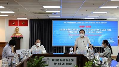 88,9% người dân TPHCM từ 18 tuổi trở lên đã được tiêm vắc xin phòng COVID-19 mũi 1
