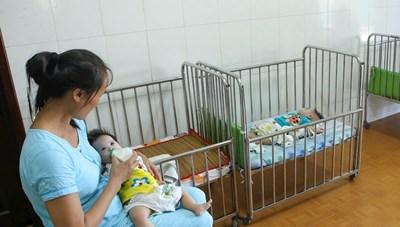 Trẻ em là con của sản phụ bị nhiễm Covid-19 được hỗ trợ 1 triệu đồng/trẻ