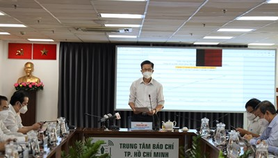 Thông tin nổi bật về phòng, chống dịch COVID-19 tại TPHCM ngày 25/10