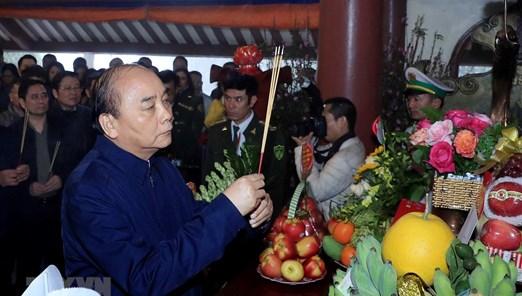 Lãnh đạo Đảng, Nhà nước dâng hương tưởng niệm Chủ tịch Hồ Chí Minh