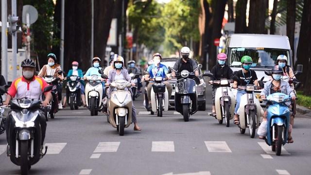 TPHCM: Người lao động phải mang thẻ và giấy phân công nhiệm vụ khi lưu thông trên đường