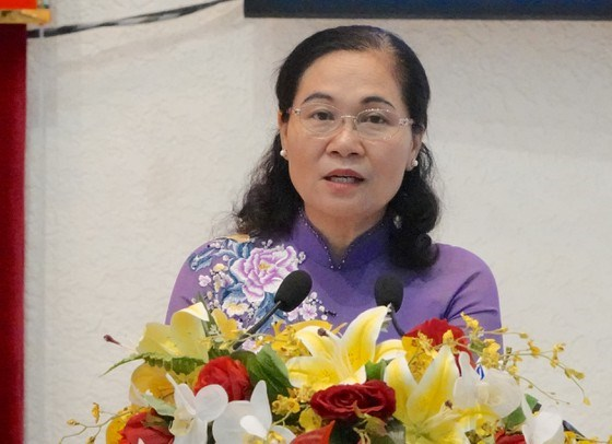 Đồng chí Nguyễn Thị Lệ, Phó Bí thư Thành ủy, Chủ tịch HĐND TPHCM phát biểu tại buổi lễ, sáng 4-1-2021. Ảnh: KIỀU PHONG