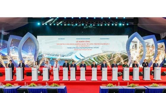 Thủ tướng bấm nút khởi công xây dựng Cảng Hàng không quốc tế Long Thành - Ảnh 1