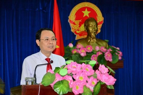 Bí thư Thành ủy TP Thủ Đức Nguyễn Văn Hiếu yêu cầu các cán bộ nâng tầm tư duy, có trách nhiệm, sáng tạo hơn để đáp ứng kỳ vọng của cả nước, của TPHCM đối với TP Thủ Đức. Ảnh: KIỀU PHONG