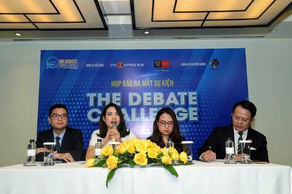 Cuộc thi tranh biện The Debate Challenge, do VnExpress phối hợp với Swinburne Việt Nam tổ chức - Ảnh: THI TRANG