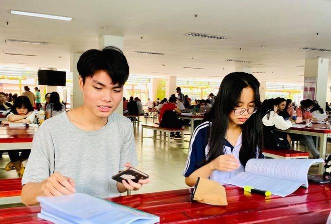 Sinh viên Trường ĐH Sư phạm TP.HCM