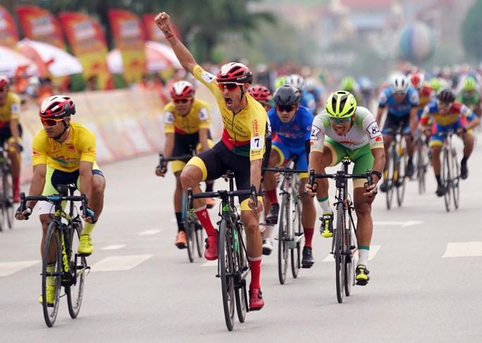 Javier Perez giành chiến thắng chặng