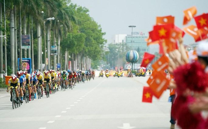 Chặng đua diễn ra tại khu trung tâm TP Lạng Sơn
