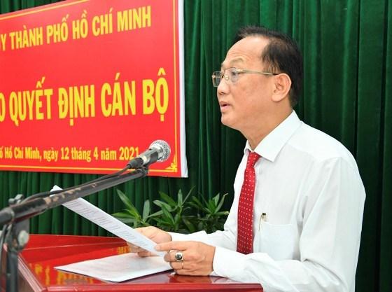 Đồng chí Trần Văn Nam phát biểu nhận nhiệm vụ. Ảnh: VIỆT DŨNG