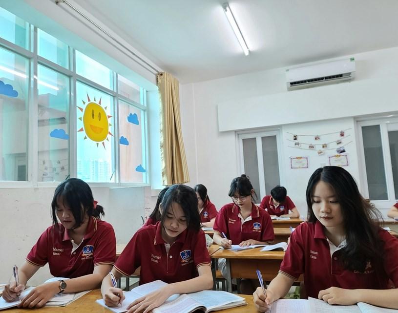 Học sinh khối 9 Trường THCS-THPT Đào Duy Anh, TP.HCM trong giờ học. Ảnh minh hoạ