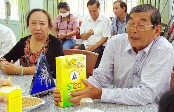 Doanh nghiệp Việt Nam cần đòi lại thương hiệu gạo ST25 - Ảnh 1