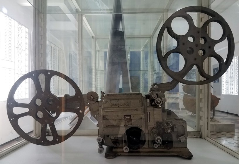 Máy chiếu phim 16 ly của Đội chiếu phim Sao Mai thuộc Khu ủy Sài Gòn - Gia Định