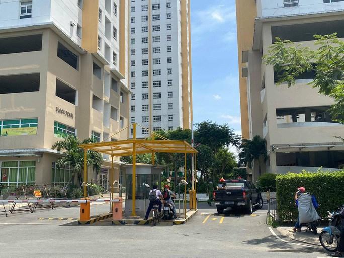 Chung cư Sunview Town (TP Thủ Đức) bị phong tỏa vì liên quan đến ca Covid-19