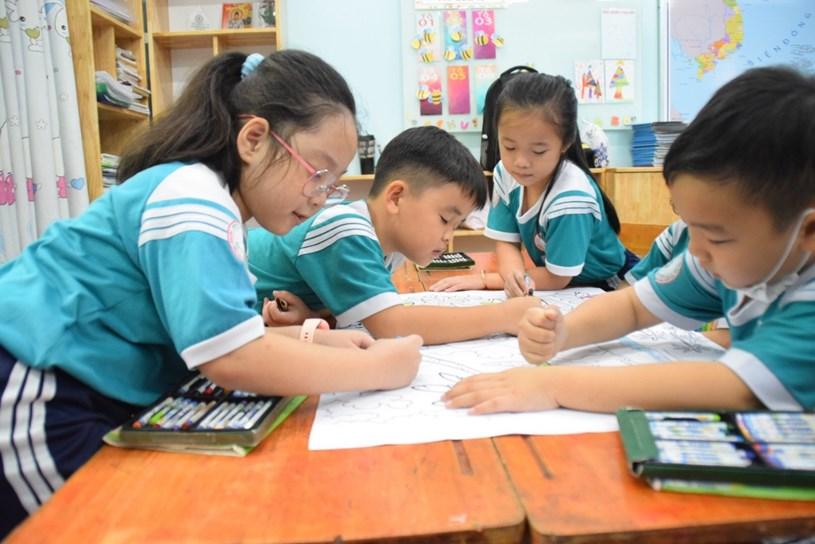 Học sinh Trường TH Nguyễn Văn Trỗi, Quận 4 trong giờ học