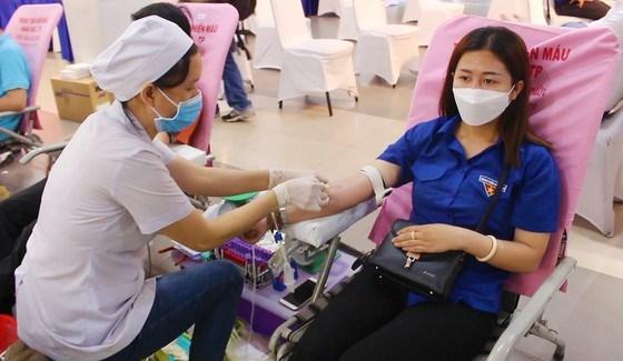 Hãy chung tay tham gia hiến máu vì cộng đồng. Ảnh tư liệu minh họa: ĐÌNH DƯ