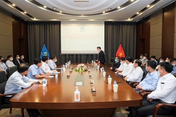 Bộ trưởng Bộ Công Thương Nguyễn Hồng Diên làm việc với An Phát Holdings về tăng trưởng xanh. (Ảnh: PV/Vietnam+)