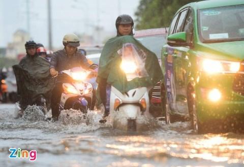 TPHCM được dự báo mưa dông liên tục trong các ngày 4-9/7