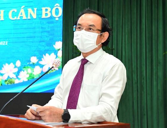 Bí thư Thành ủy TPHCM Nguyễn Văn Nên phát biểu tại buổi lễ. Ảnh: VIỆT DŨNG