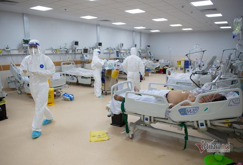 Bệnh viện Hồi sức Covid-19 tại TP.HCM đang vận hành với quy mô 1.000 giường, trong đó có 100 giường ICU. Ảnh: Thanh Tùng
