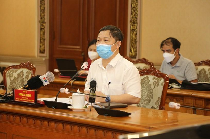 Phó chủ tịch UBND TP.HCM Dương Anh Đức chủ trì họp báo - Ảnh: THẢO LÊ