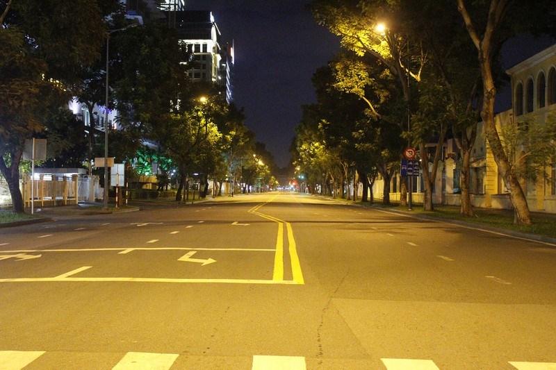 Đường Lê Duẩn (quận 1) thời điểm 21 giờ 30.