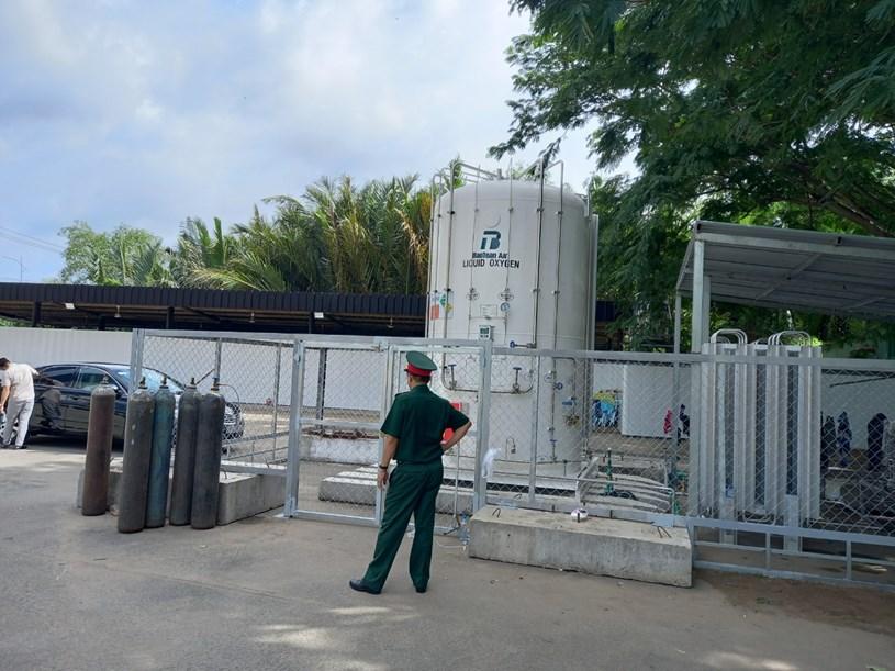 Bồn ô xy khối lượng 7,5 khối được lắp đặt trong bệnh viện