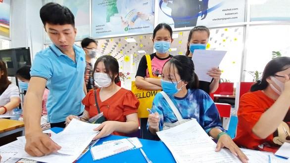 Thí sinh nhập học theo phương thức xét học bạ tại Trường ĐH Công nghiệp thực phẩm TP