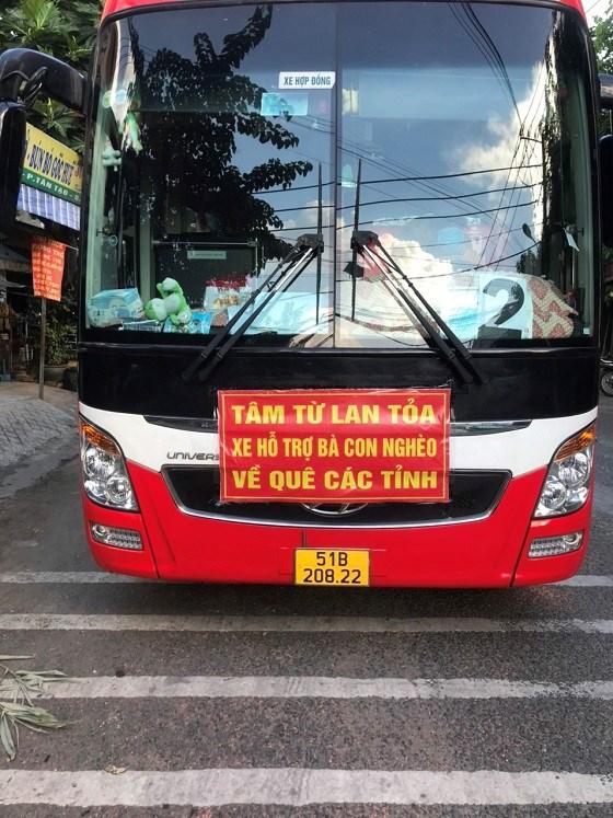 Xe khách chở người tử TPHCM về tỉnh Quảng Bình trái phép