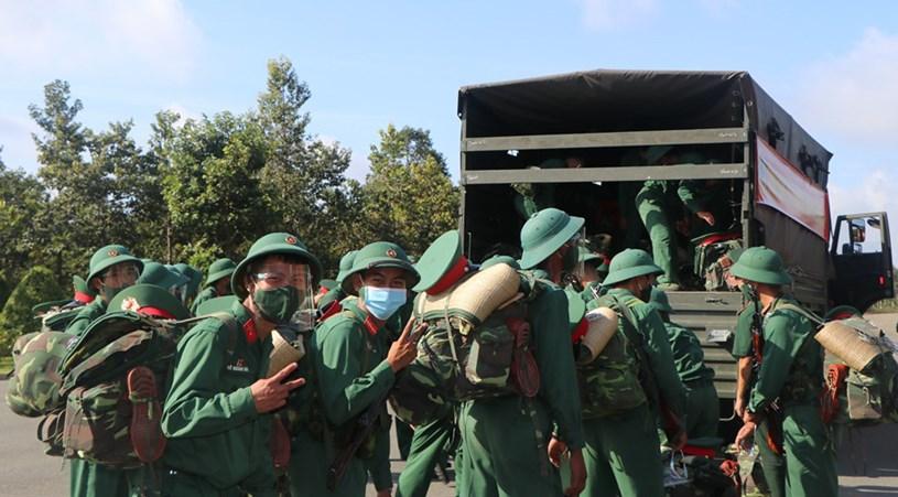 Lực lượng của Sư đoàn 5 xuất quân hỗ trợ TP.HCM chống dịch - Ảnh: K.T.