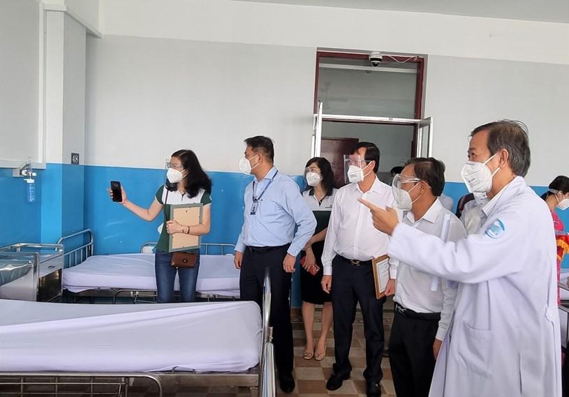 Hệ thống oxy được lắp đặt tại các giường bệnh của BV Bệnh nhiệt đới TPHCM