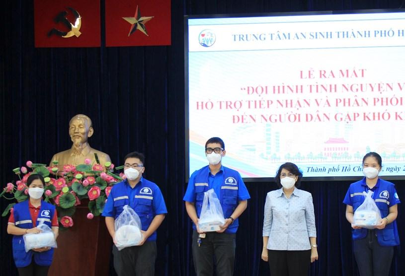 Lễ ra mắt đội hình shipper tình nguyện hỗ trợ người dân khó khăn