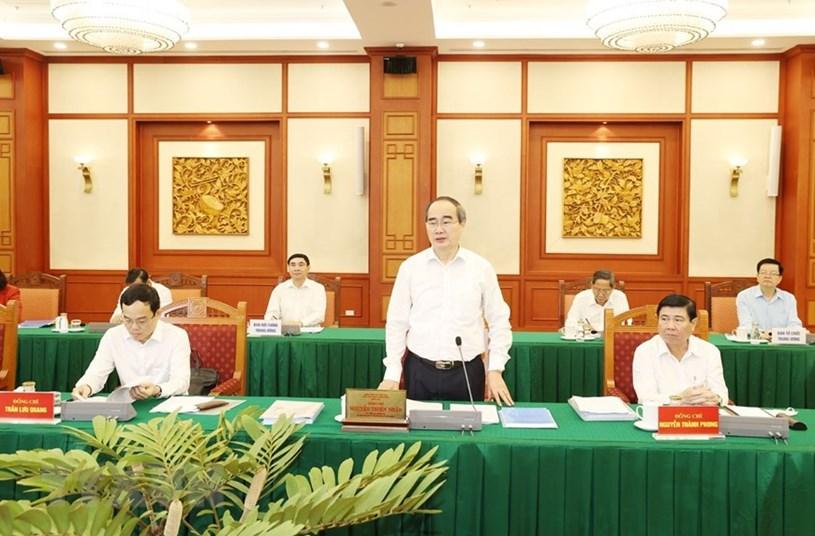 Ông Nguyễn Thiện Nhân, Ủy viên Bộ Chính trị, Bí thư Thành ủy Thành phố Hồ Chí Minh phát biểu tại buổi làm việc.(Ảnh: Trí Dũng/TTXVN)