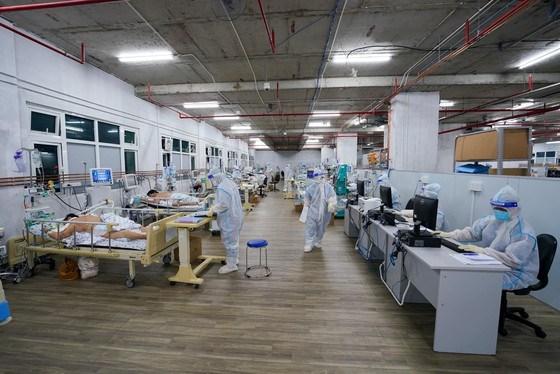 Bộ Y tế đề nghị các địa phương phía Nam huy động tối đa cơ sở điều trị, nhân lực, trang thiết bị để giảm số tử vong do COVID-19